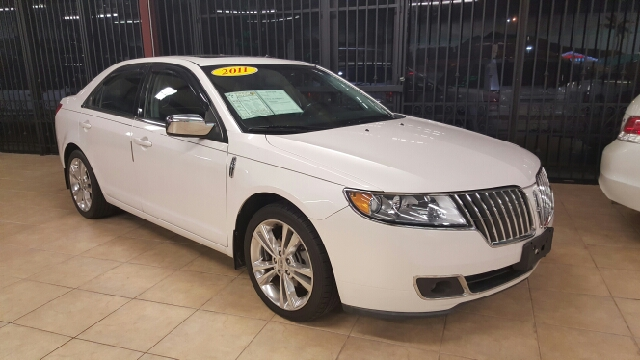 2011 LINCOLN MKZ BASE AWD 4DR SEDAN unspecified 2-stage unlocking doors 4wd type - full time ab