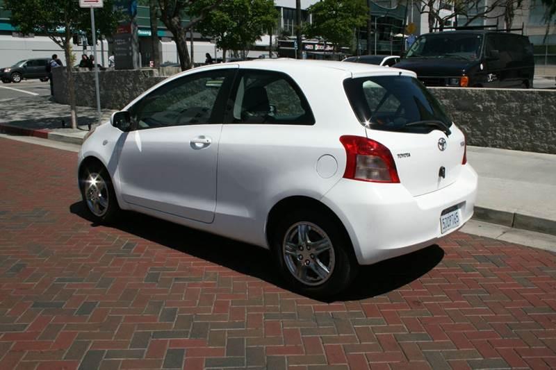 2007 Toyota Yaris 2dr Hatchback (1.5L I4 4A) - Los Angeles CA