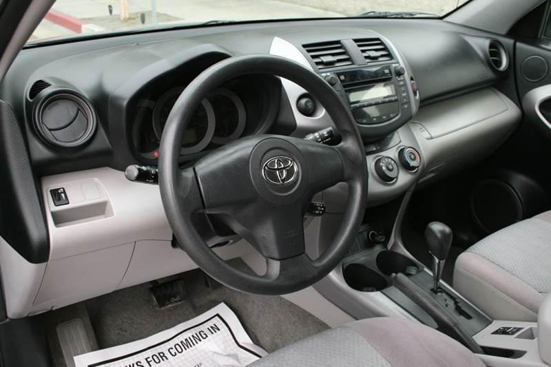 2006 Toyota RAV4 4dr SUV - Los Angeles CA