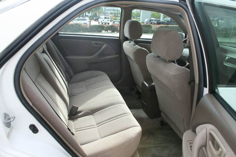 2000 Toyota Camry LE 4dr Sedan - Los Angeles CA