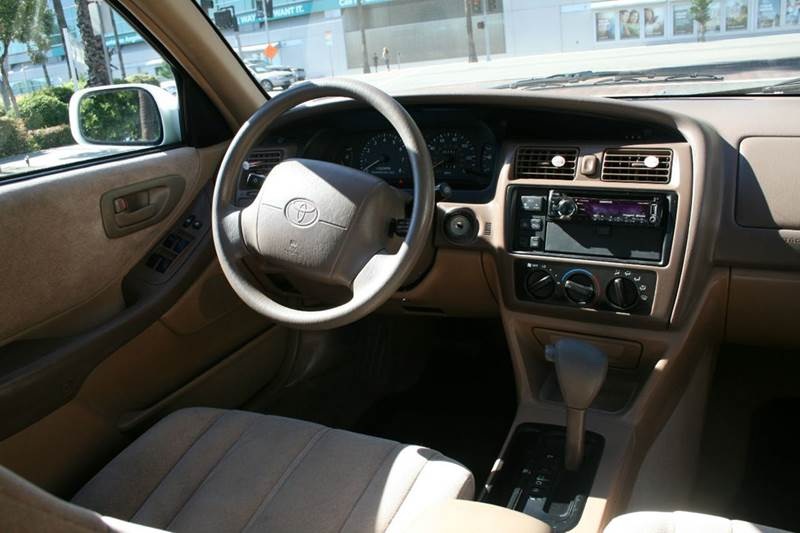 1997 Toyota Avalon XL 4dr Sedan - Los Angeles CA