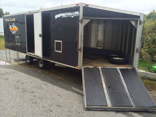 "2000 Renegade 20'x101"" 4 place enclosed"