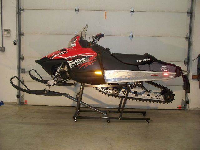 "2013 Powdercoated Snowmobile Lift Arctic Cat, Polaris, Ski Doo, Yamaha Lift capacity 1000 lbs 30"" tal - Westford MA"