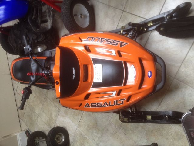 2011 Polaris Assult 120 kids mini