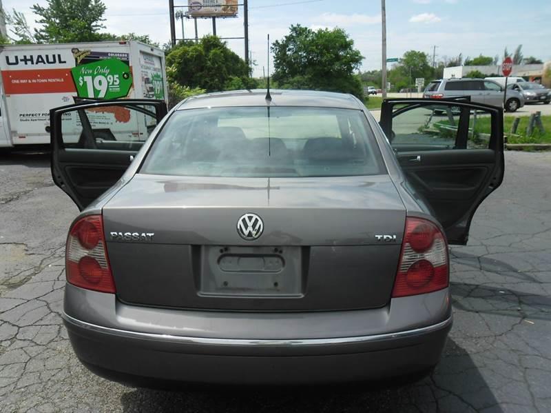2005 Volkswagen Passat GLS TDI 4dr Turbodiesel Sedan - Downers Grove IL