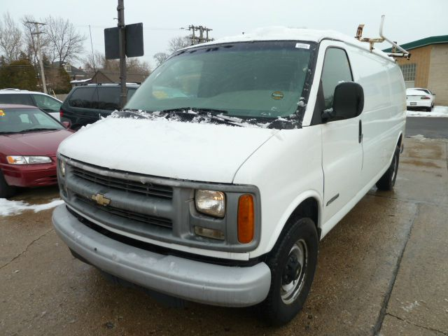 1999 Chevrolet Express for sale in Downers Grove IL