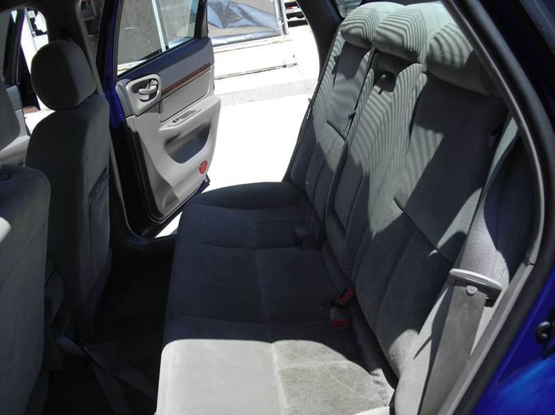 2005 Chevrolet Impala Base 4dr Sedan - Downers Grove IL