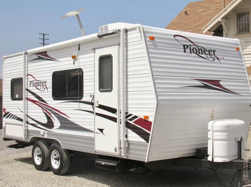 2009 Fleetwood Pioneer Spirit 18CK