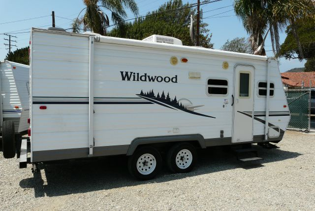 2006 Forest River Wildwood T22