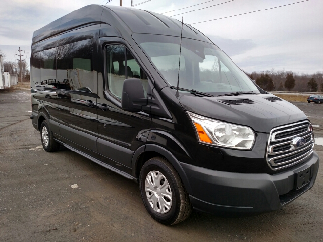 2015 ford transit wagon 350 xlt 3dr lwb high roof. Black Bedroom Furniture Sets. Home Design Ideas