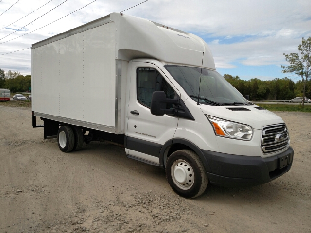 2015 ford transit cutaway 350 hd 2dr 156 in wb drw cutaway chassis w 9950 lb gvwr in monroe ny. Black Bedroom Furniture Sets. Home Design Ideas