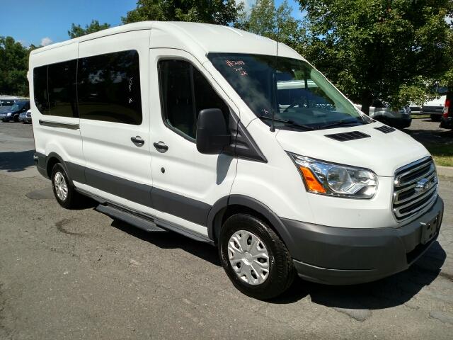 2015 ford transit wagon 350 xlt 3dr lwb medium roof. Black Bedroom Furniture Sets. Home Design Ideas