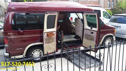 2003 Ford  Mobility E-150 Raised Roof