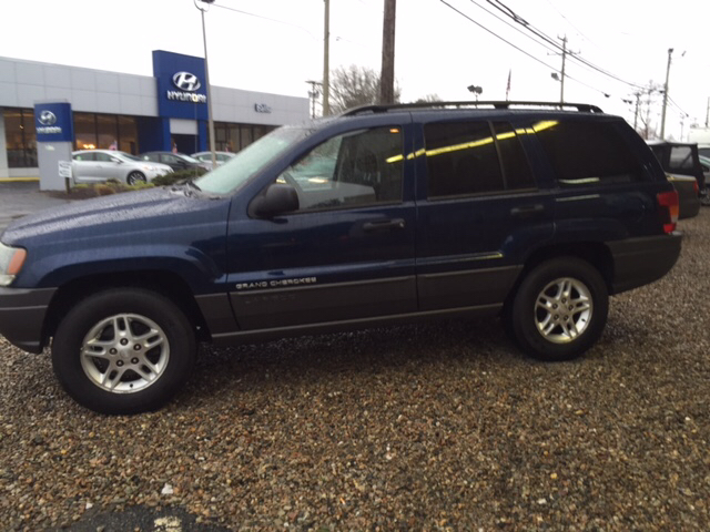 2002 jeep grand cherokee 4dr laredo 4wd suv in hyannis ma the car guys. Black Bedroom Furniture Sets. Home Design Ideas