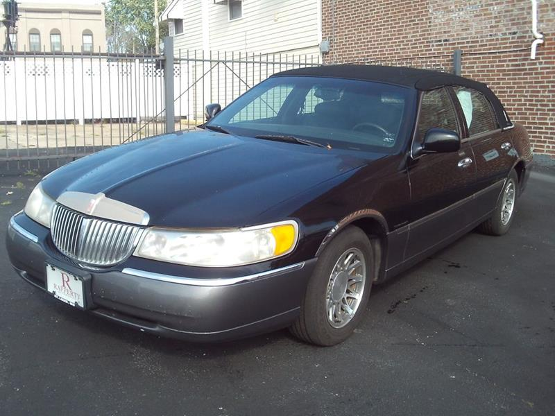 2000 Lincoln Town Car Signature 4dr Sedan In St Louis Mo Rafferty