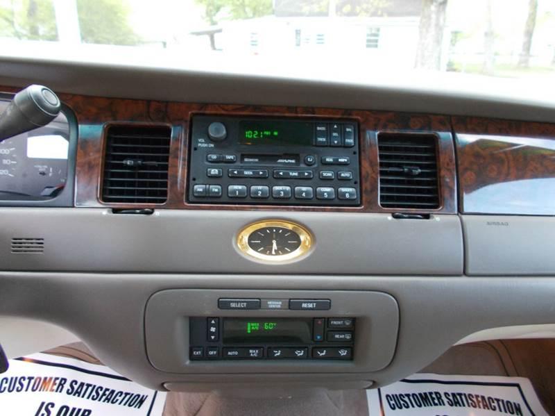 1999 Lincoln Town Car Cartier 4dr Sedan - Ardmore AL