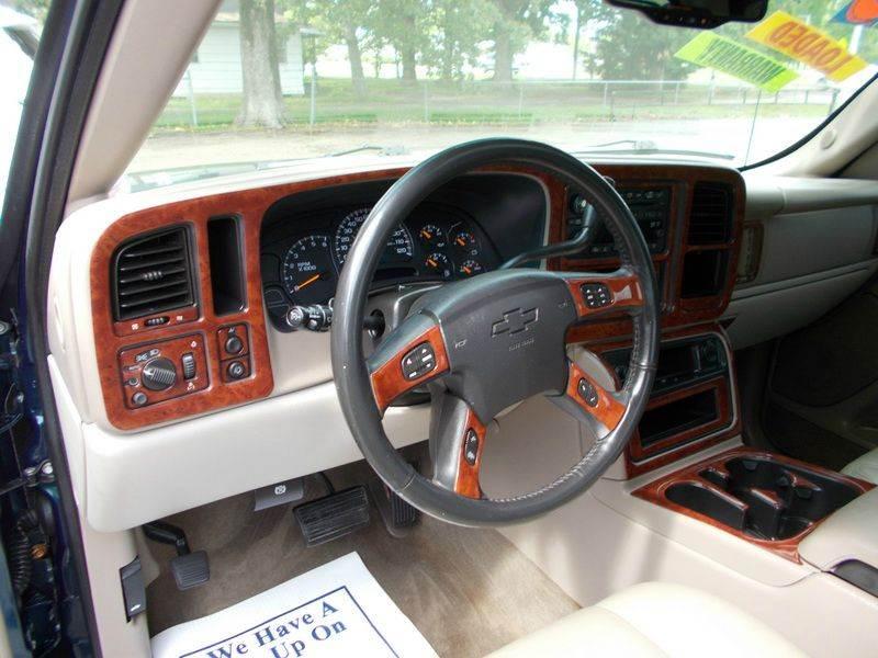 2005 Chevrolet Avalanche 1500 LT 4dr Crew Cab SB RWD - Ardmore AL