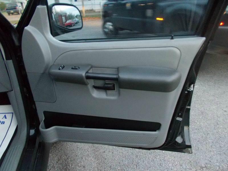 2003 Ford Explorer Sport Trac XLT 4dr Crew Cab SB RWD - Ardmore AL