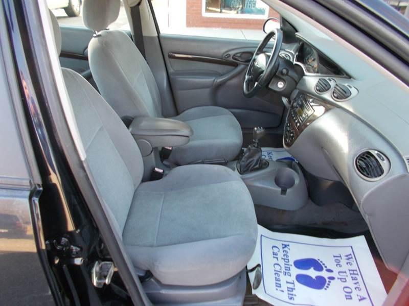 2000 Ford Focus ZTS 4dr Sedan - Ardmore AL