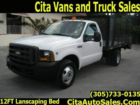 2005 Ford F350 F-350 LANDSCAPE for sale in Medley, FL