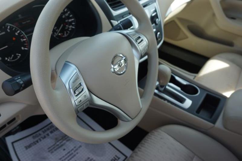 2016 Nissan Altima 2.5 SV 4dr Sedan - Lexington KY