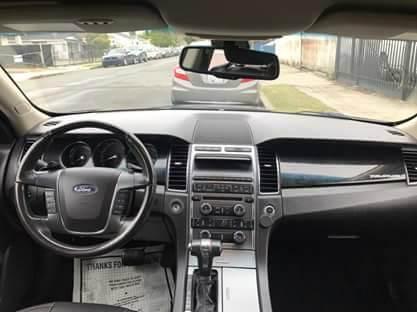 2010 Ford Taurus Limited 4dr Sedan - San Diego CA