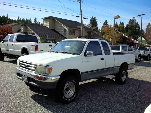 used 1996 toyota t100 dx in idaho falls id at 5 star truck and auto. Black Bedroom Furniture Sets. Home Design Ideas