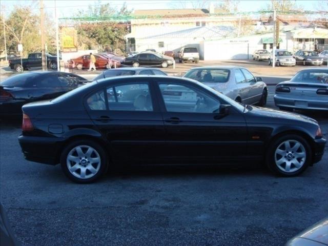 2000 BMW 3 Series 323i 4dr Sedan - Houston TX