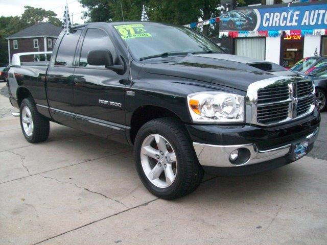 2007 dodge ram pickup 1500 slt hemi quad cab 4wd in revere ma circle auto sales. Black Bedroom Furniture Sets. Home Design Ideas