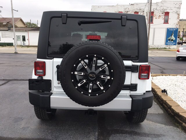 2015 Jeep Wrangler Unlimited 4x4 Sahara 4dr SUV - Winchester IN