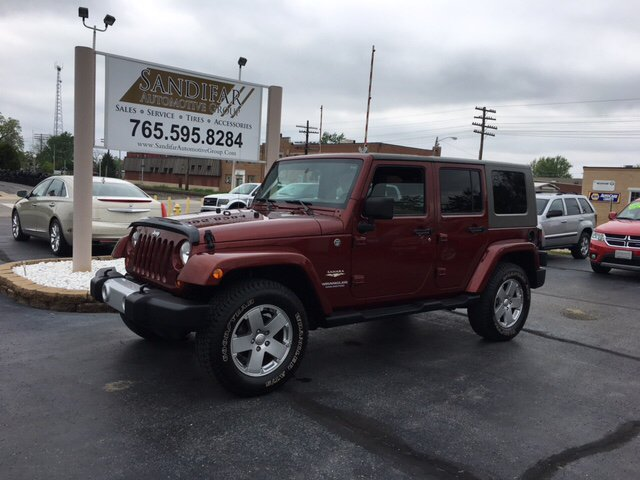 2010 Jeep Wrangler Unlimited 4x4 Sahara 4dr SUV - Winchester IN