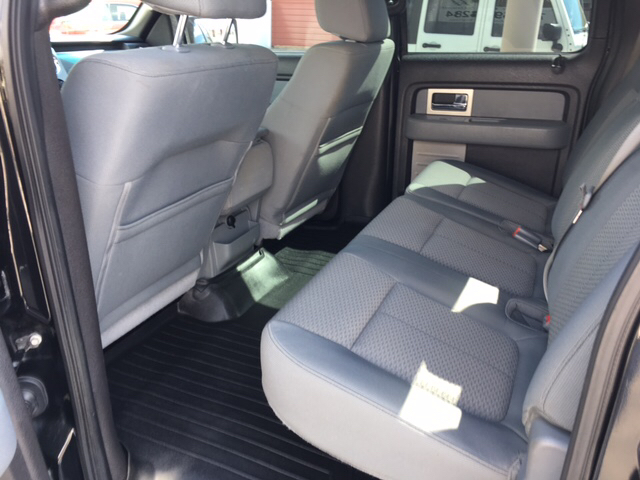 2011 Ford F-150 4x4 XLT 4dr SuperCrew Styleside 5.5 ft. SB - Winchester IN
