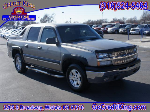 2003 chevrolet avalanche 1500 4dr crew cab rwd for sale in wichita andover clearwater credit. Black Bedroom Furniture Sets. Home Design Ideas