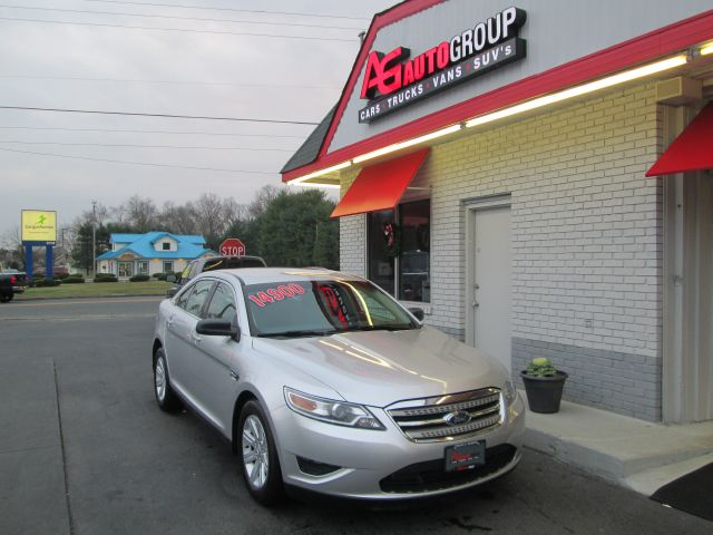 2010 FORD TAURUS SE FWD silver abs brakesair conditioningalloy wheelsamfm radioanti-brake sys