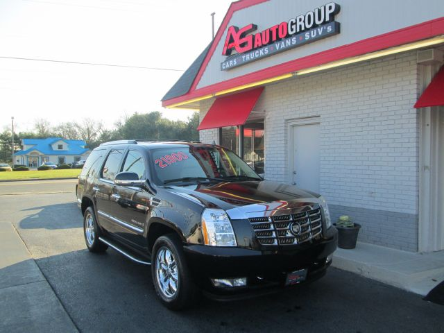 2007 CADILLAC ESCALADE AWD black 4wdawdabs brakesadjustable foot pedalsair conditioningalloy