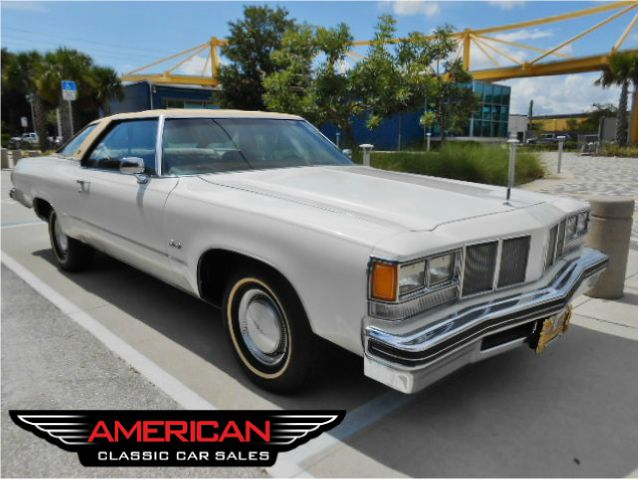 1976 Oldsmobile Delta Eighty-Eight Royale