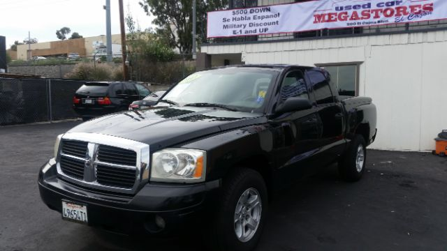 2007 DODGE DAKOTA SLT 4DR QUAD CAB SB 2-stage unlocking - remote abs - rear airbag deactivation