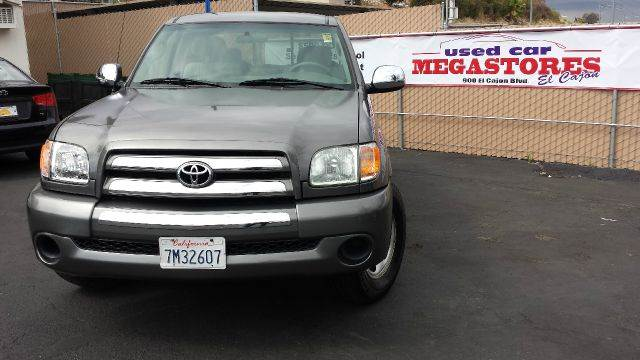 2004 TOYOTA TUNDRA SR5 4DR ACCESS CAB RWD SB gray abs - 4-wheel bumper color - chrome center co