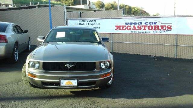 2005 FORD MUSTANG V6 PREMIUM 2DR COUPE gray center console - front console with storage clock c