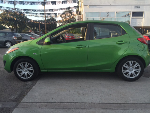 2011 MAZDA MAZDA2 SPORT 4DR HATCHBACK 4A green 2-stage unlocking - remote abs - 4-wheel air fil