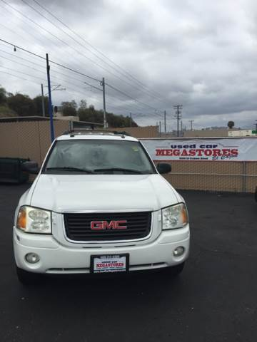 2005 GMC ENVOY XL SLT 4DR SUV white abs - 4-wheel axle ratio - 342 center console - front cons