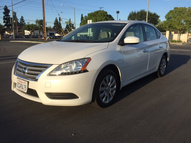 2013 NISSAN SENTRA UNSPECIFIED white 4646 miles VIN 3N1AB7APXDL790664
