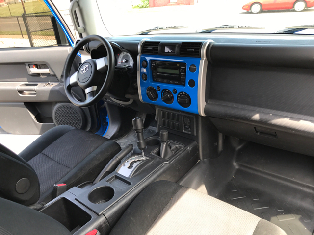 2008 Toyota FJ Cruiser 4x4 4dr SUV 5A - Akron OH