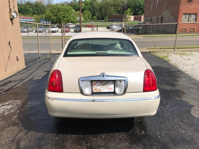 2001 Lincoln Town Car Cartier 4dr Sedan - Akron OH