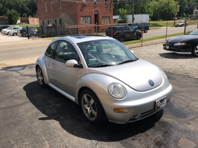 2001 Volkswagen New Beetle 2dr GLS 1.8T Turbo Coupe - Akron OH