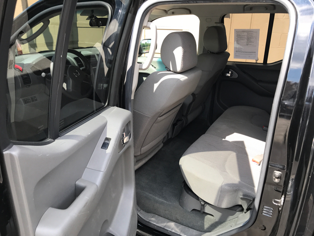2006 Nissan Frontier SE 4dr Crew Cab 4WD SB 5A - Akron OH