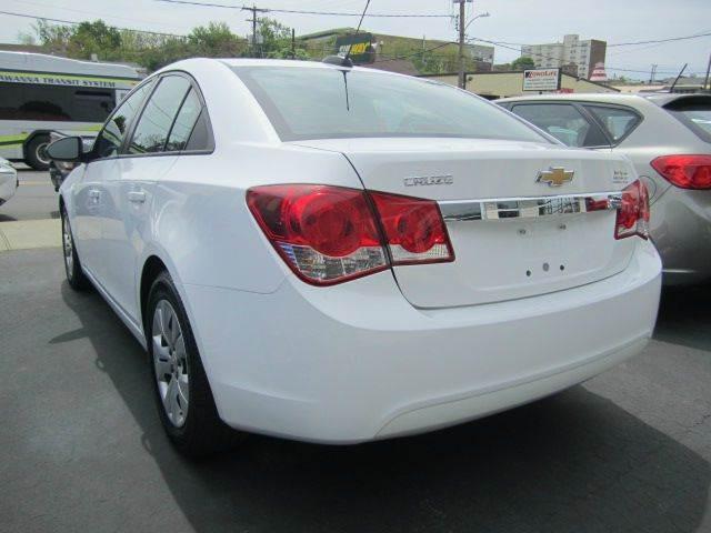 2016 Chevrolet Cruze Limited LS Manual 4dr Sedan w/1SA - Scranton PA