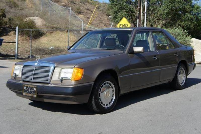 Main for How much is a 1990 mercedes benz worth