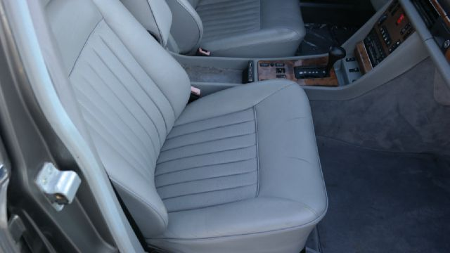 1986 Mercedes-Benz 560-Class 560SEL W126 Sedan - El Cajon CA