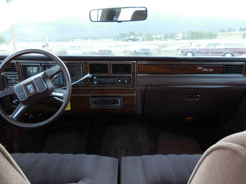 1989 Lincoln Town Car 4dr Sedan - El Cajon CA